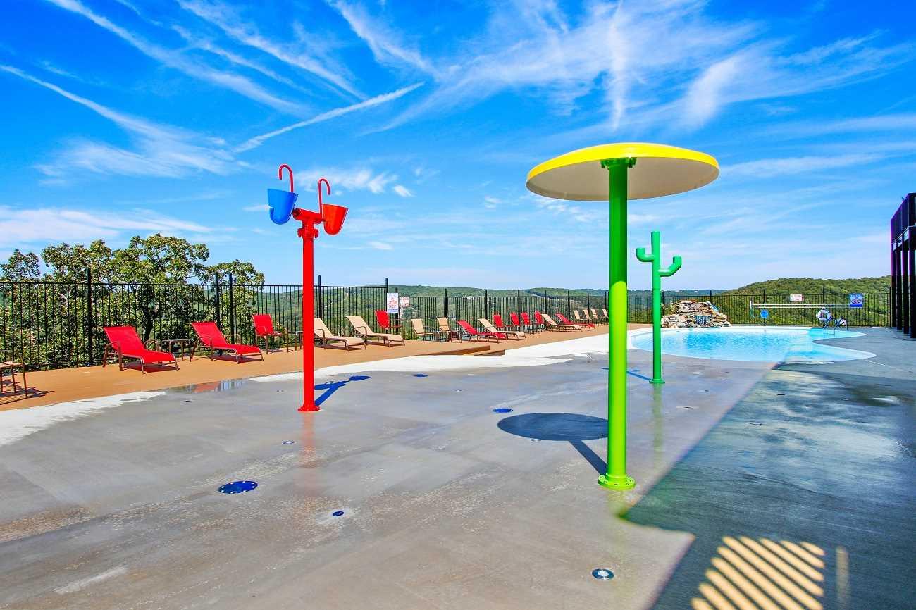 outdoor kids splash pad
