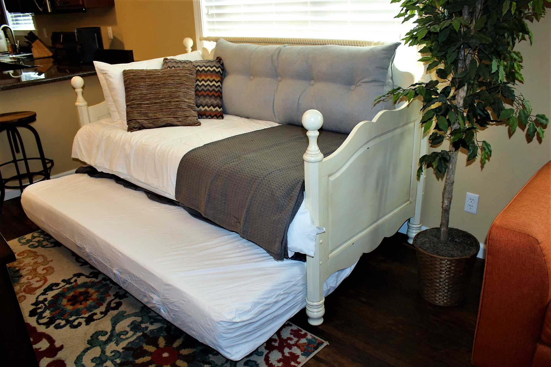 Daybed w trundle XL tiwn